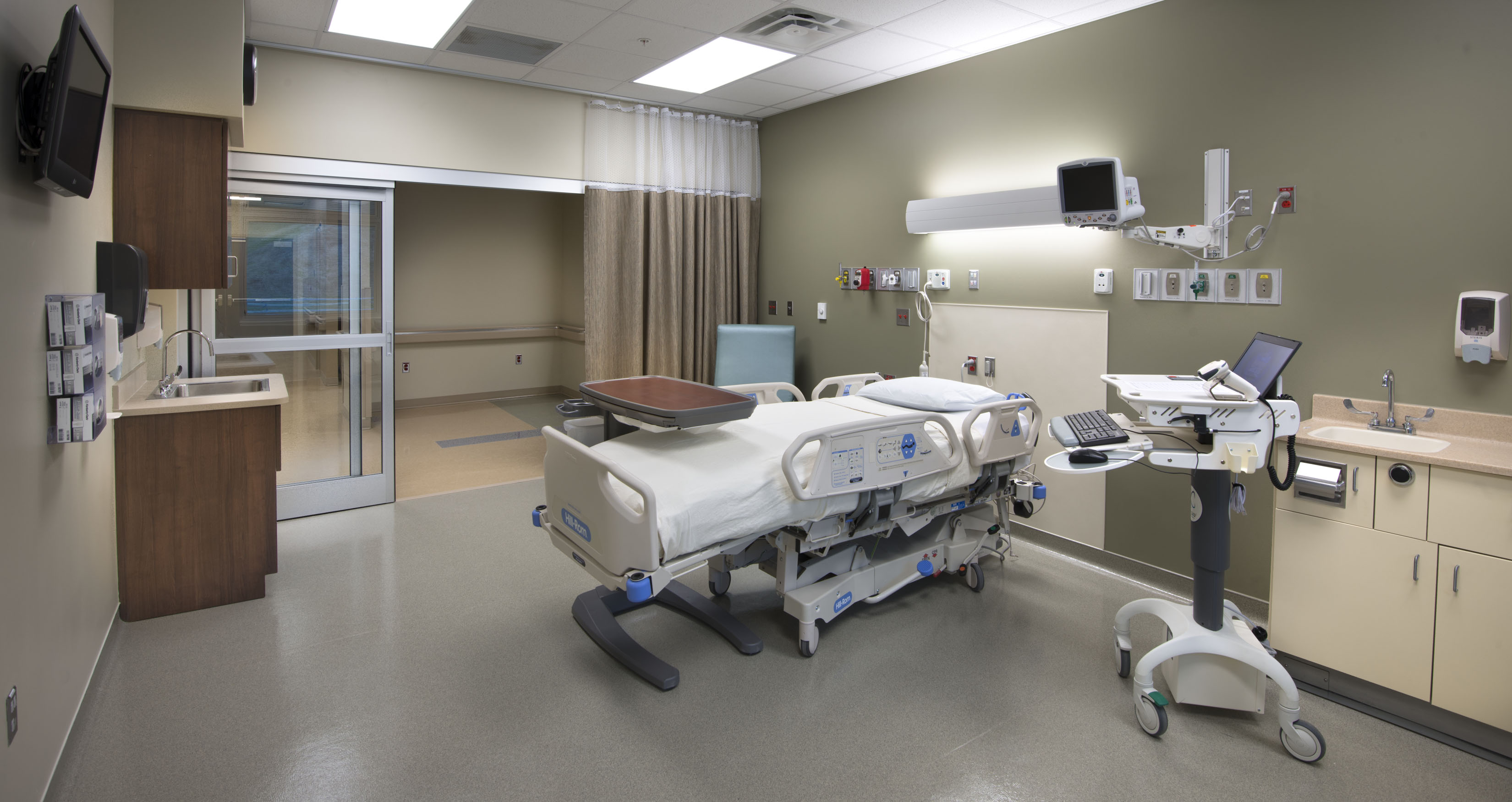 Intensive Care Unit Roane Medical Center