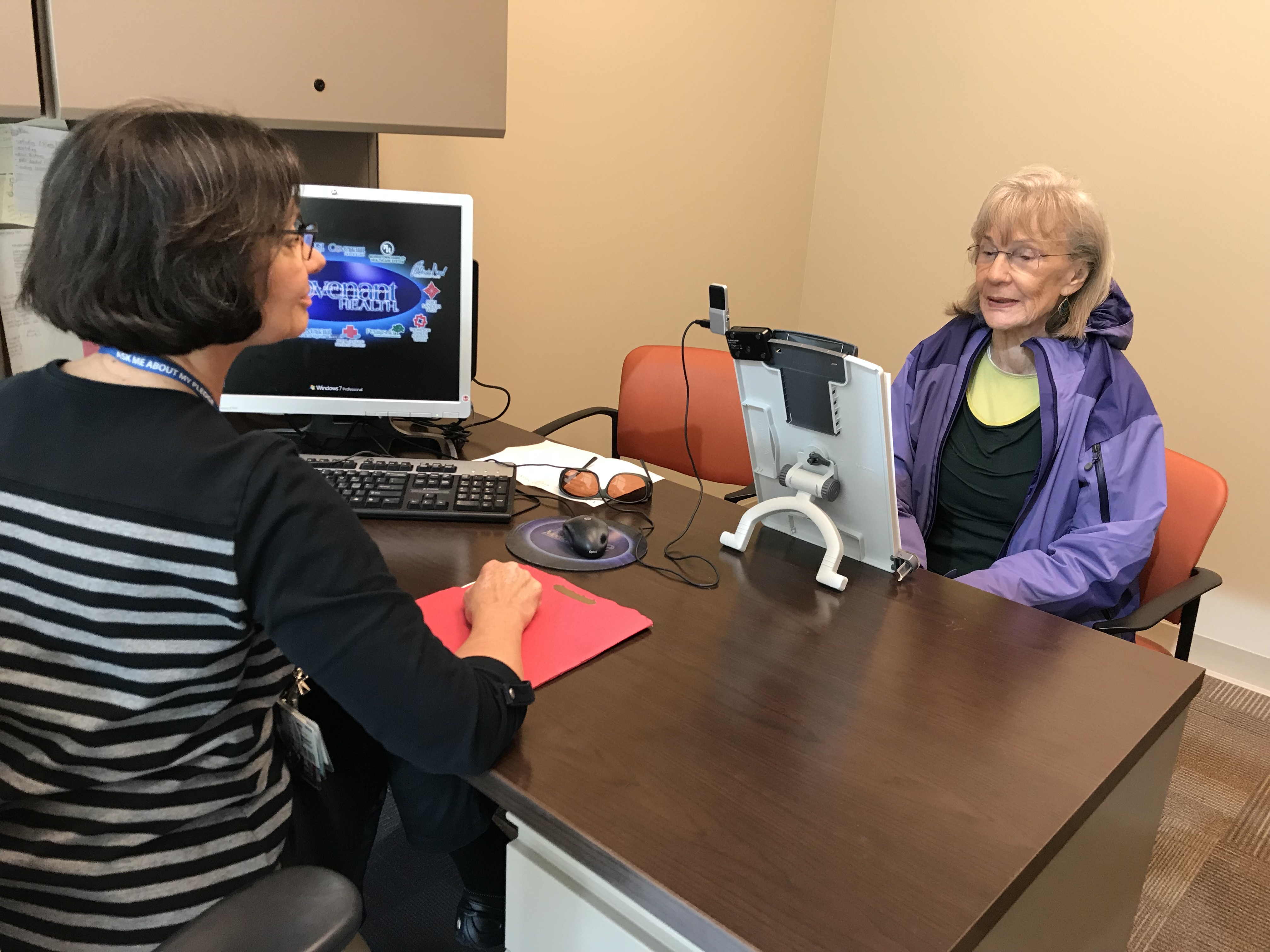 Lsvt big and loud therapy helps patient with parkinsons disease speech pathologist linda singleton works with nicole mailloux on vocal exercises as part of lsvt big 1betcityfo Image collections